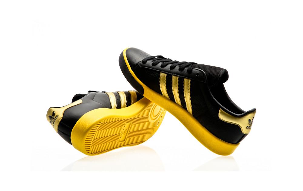 adidas-originals-forest-hills-core-black-gold-metallic-eqt-yellow